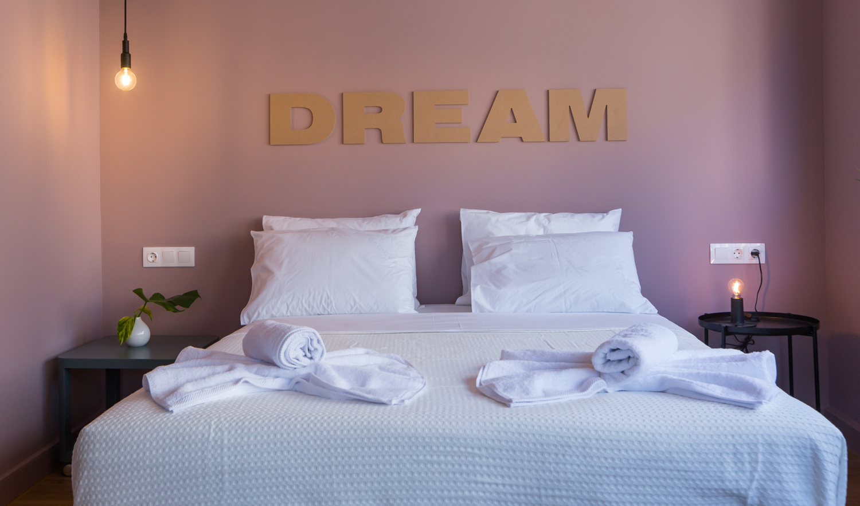 Δωμάτιο 403